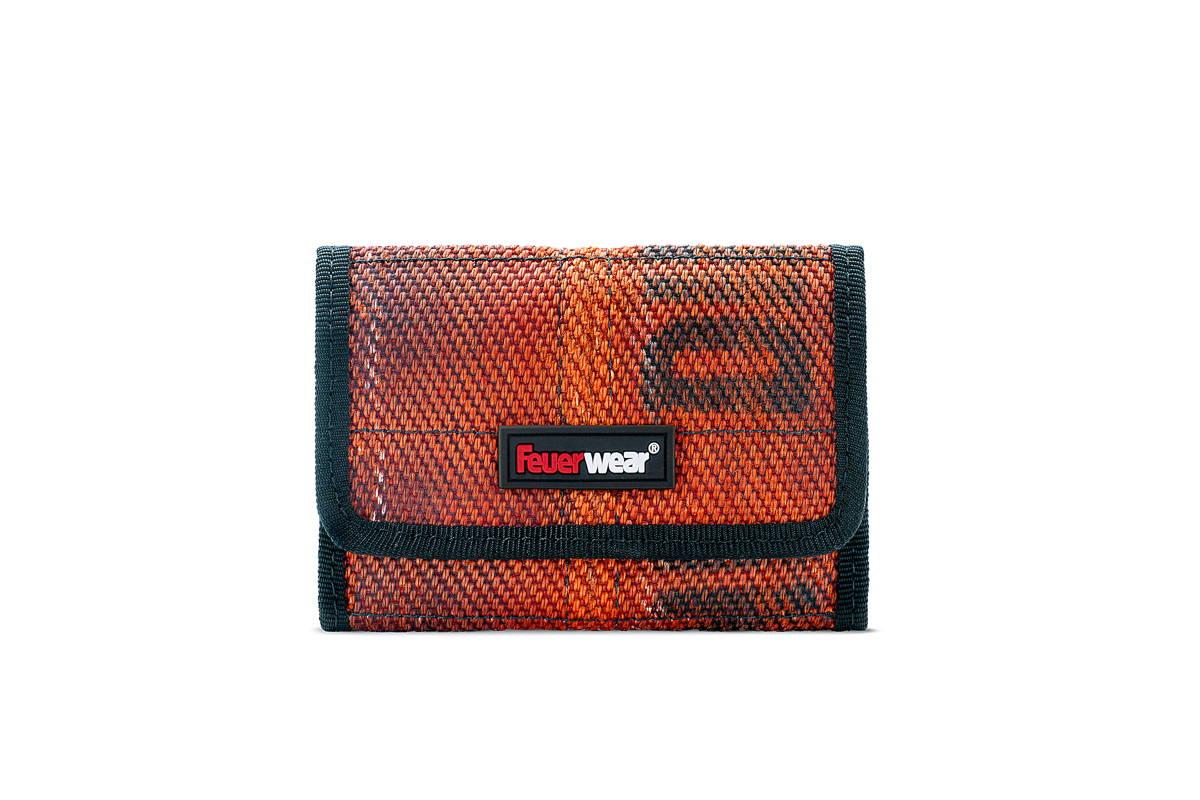 soulgoods duesseldorf portemonnaie tylor rot feuerwear